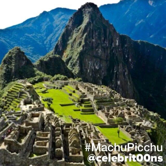 """""""#MachuPicchu (del quechua sureño machupikchu, «Montaña Vieja») es el nombre contemporáneo que se da a una llaqta —antiguo poblado andino— incaica…"""""""