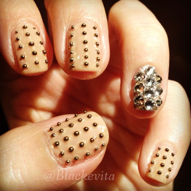 Nails_Studs & Crystals