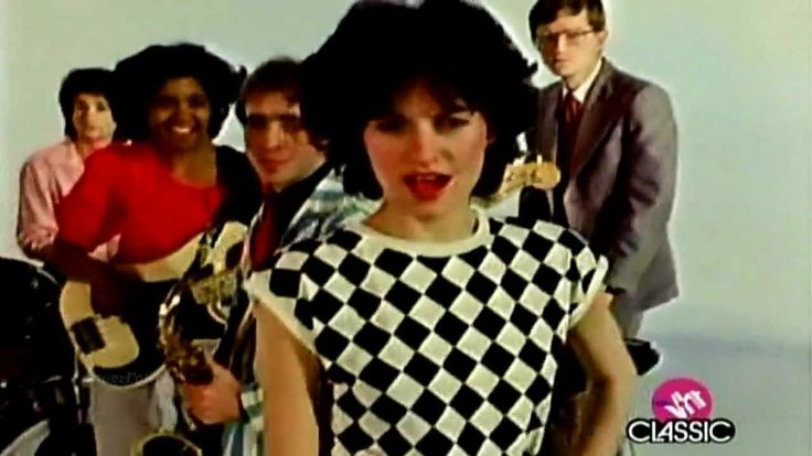 The Waitresses - I Know What Boys Like  1982 Video anne boleyn