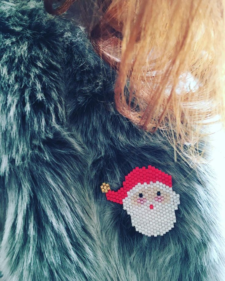 Santa Claus brick stitch brooch idea #handmade #jewelry #beading #brooch