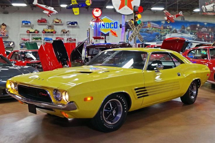 1972 Dodge Challenger 2 Door Hardtop at Fast Lane Classic Cars    427 Little Hills Ind Blvd  St. Charles, Missouri, 63301  (636) 940-9969