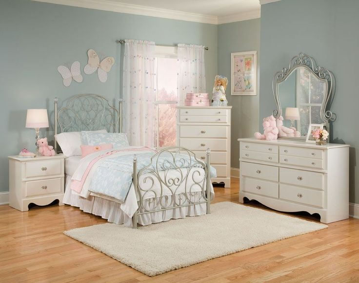 Spring Rose Twin Bedroom Group By Standard Furniture