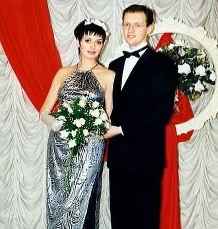 Как одевались и на чем ездили политики в 90-е: Кличко с усами и деловая Тимошенко (фото)