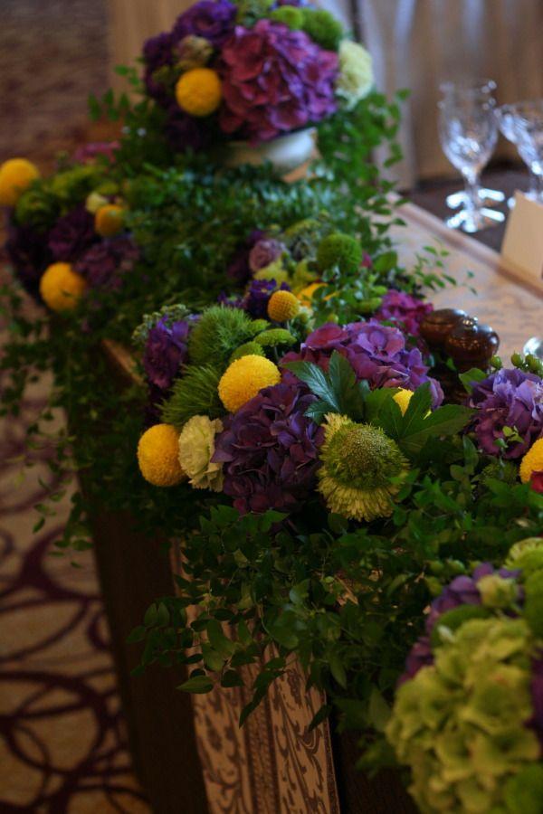 秋の装花 ウィンブルドンのテーマカラーで 如水会館様へ