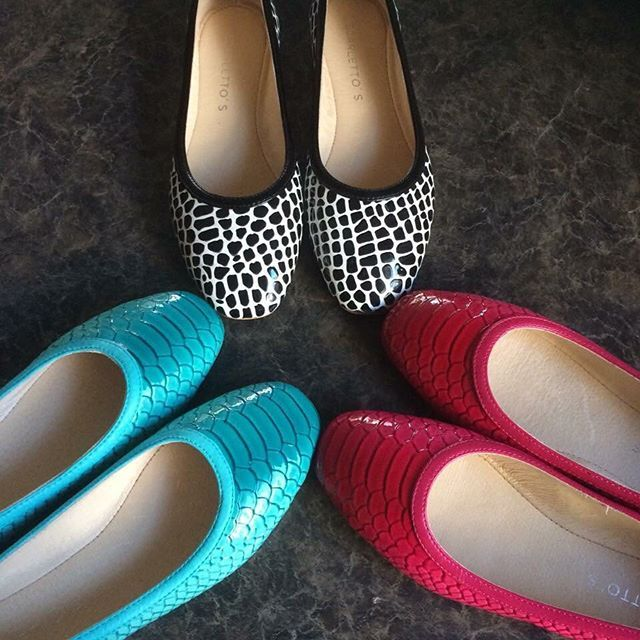 Hardest decision our fans have to make is which pair to wear today. Thanks Chez, great photo. #scarlettos #colour #comfortable #flatshoes #texture #loveit #style #design #blue #hotpink #black #white