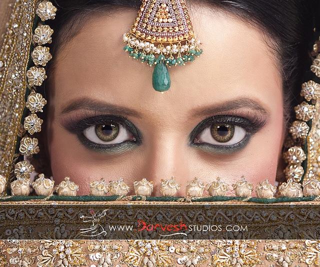 Darvesh Studios! Pakistani Wedding Portrait