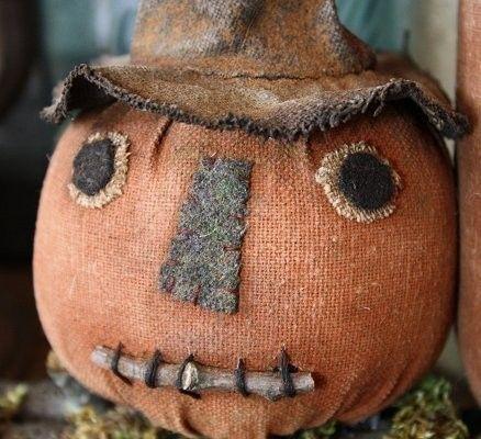 Primitive Folk Art Halloween Witch Pumpkin Shelf Sitter E