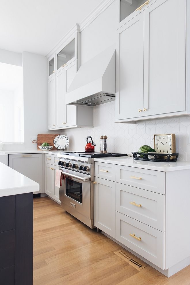 perimeter cabinet paint color benjamin moore 1472 silver on benjamin moore kitchen cabinet paint id=27975