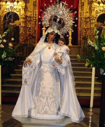 Virgen de las Mercedes (Our lady of Mercy) represents Obatalá.