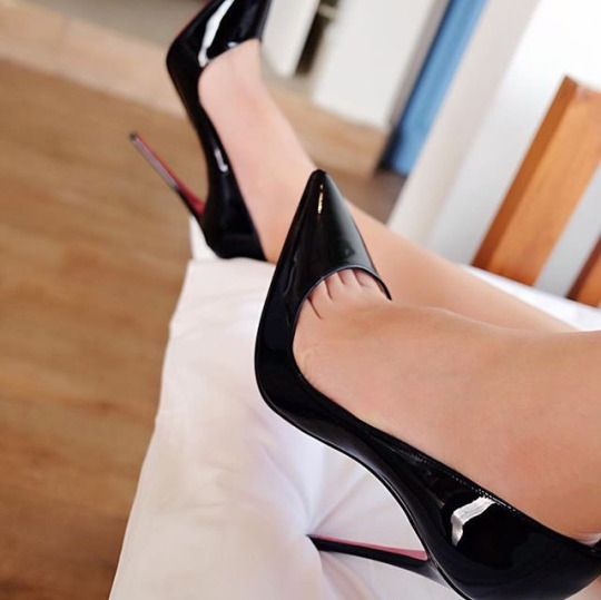 Christian Louboutin Pigalle 120mm tribute