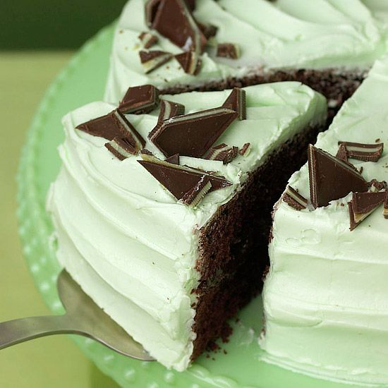 This should make your St. Patrick's Day celebration even sweeter! :) A Creme de Menthe cake