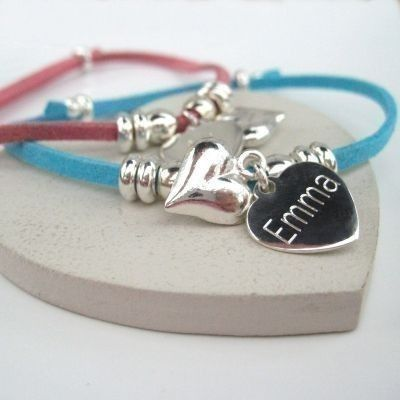 A Puff Heart Suede Bracelet is the perfect gift for your bridesmaids on your big day. Choose a name to be engraved into the heart and create a unique piece of jewellery that will always remind her of your wedding. #Wedding #Jewellery #PersonalisedGifts #Bridesmaids  £16.99