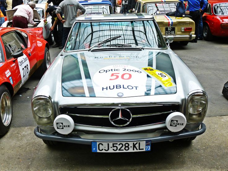 La sublime Mercedes 230 SL PAGODE de 1963.