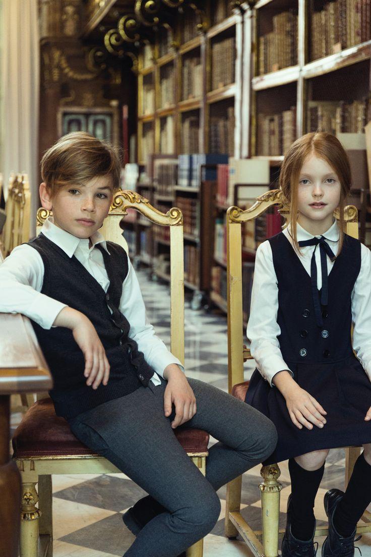 vestiti ragazzo e ragazza elegante e alla moda mada in italy back to school