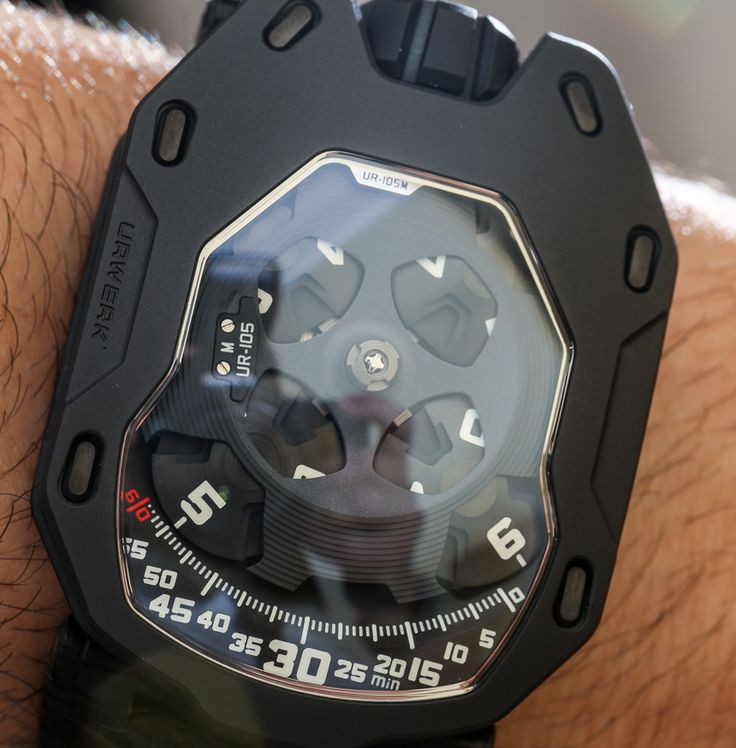 URWERK UR-105M Iron and Dark Knight Watches Hands-On