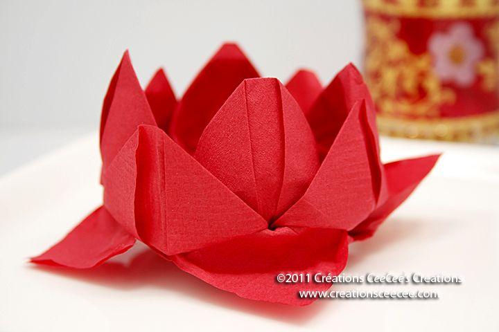 Napkin Origami Christmas