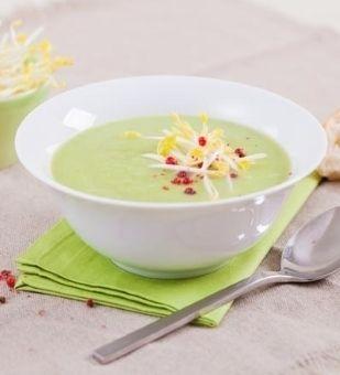 Einfach Hausgemacht - Kohlrabi-Erbsen-Suppe