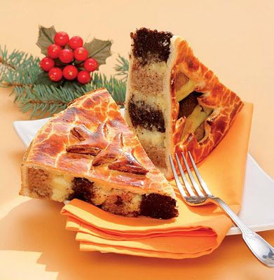 Hungarian Christmas Cake or Beigli Torta  (recipe is in Hungarian)