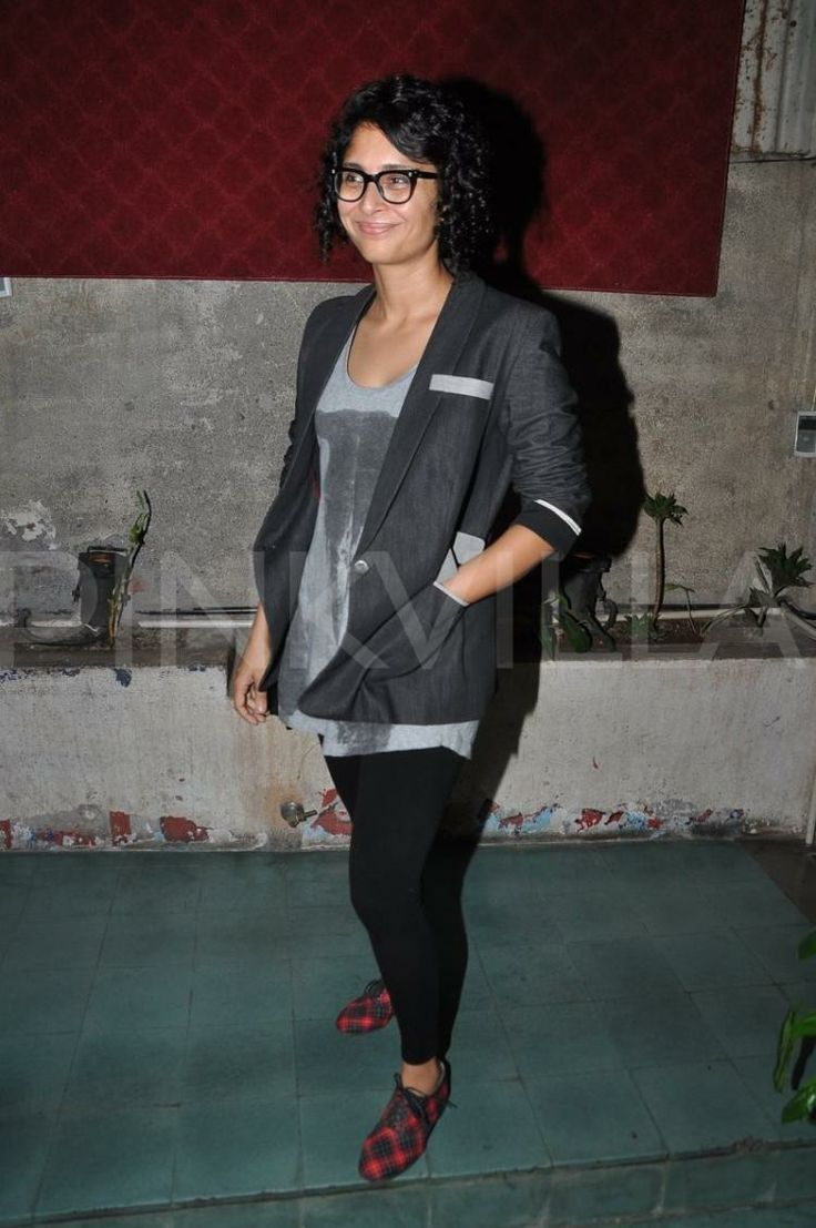Suzanne kiran and other celebs at ashiesh shah s art show