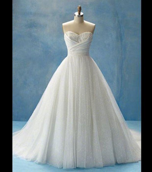 les 25 meilleures id es concernant robes de mari e disney