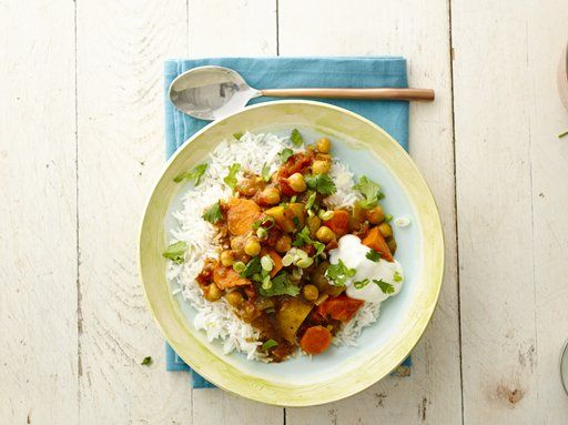 A cozy, colorful vegetarian Indian stew that includes 10g of protein.