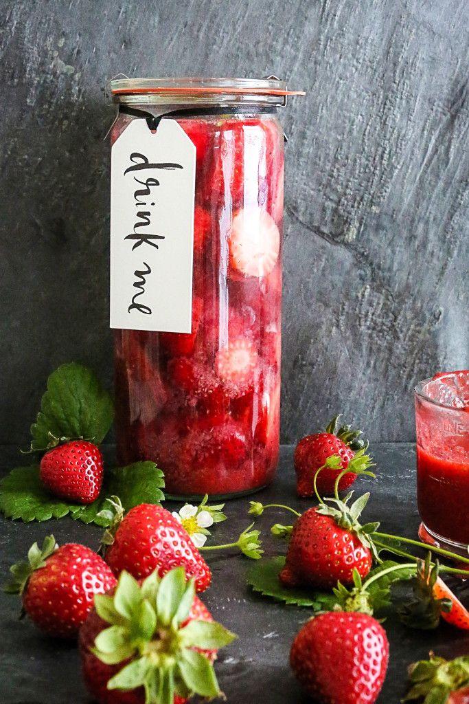 strawberry vodka // circa happy #strawberry #vodka #cocktails