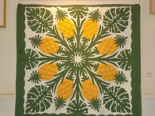 25 best Quilts-Hawaiian images on Pinterest | Blue and white ... : hawaiian quilts kauai - Adamdwight.com