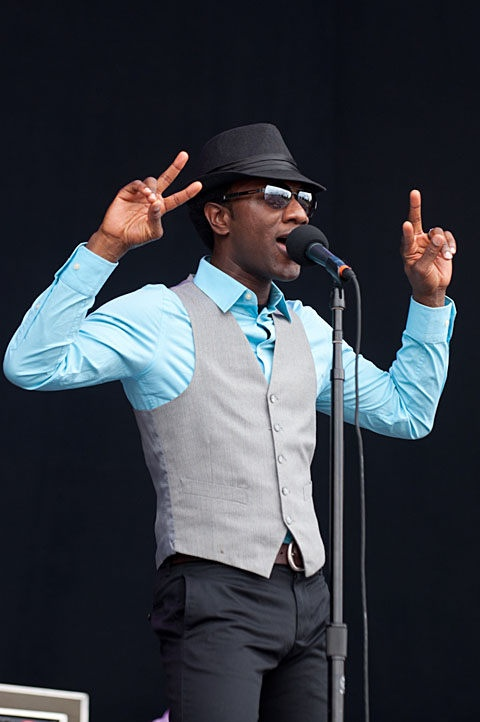"Aloe Blacc's got it RIGHT!  You may not know his name, but you know his neo-soul jam ""I need a dollar"""