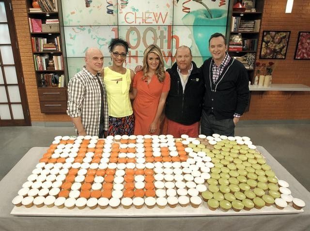 our 100th episode on 2/28/12 !! woo hoo!!!: Buckets Lists, Chewing Strs, Chewing Crew, Chewing 100Th, Favorite Chef, Chewing Recipes, Favorite Recipes, Cooking Recipes, 100Th Episode