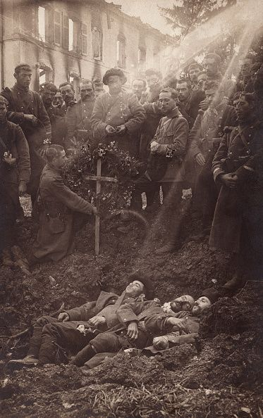 Burial of French soldiers 157th Chasseurs Alpins in a shell hole at Bouconville…