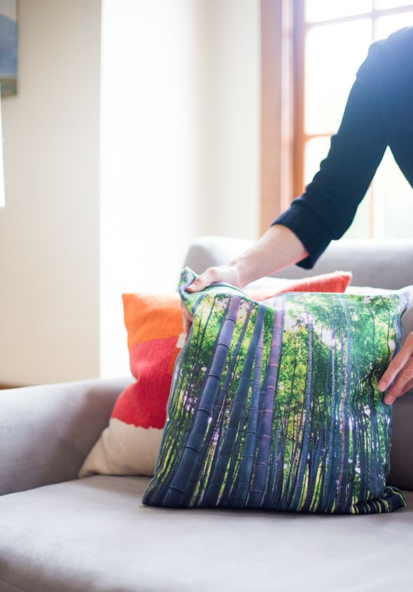 Making pretty pillows from your travel photos | Say Yes Blog