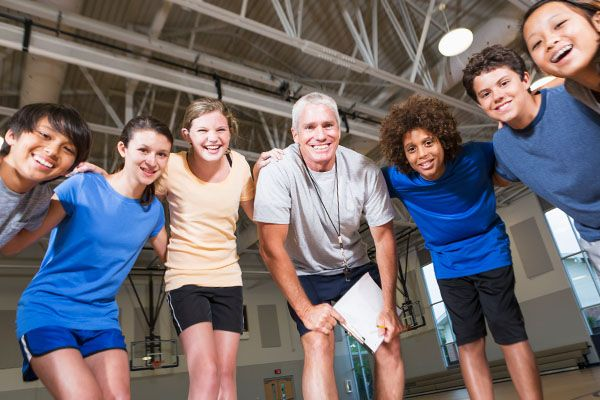 30 team building activities and games to help your sports team create trust and camaraderie on and off the field.