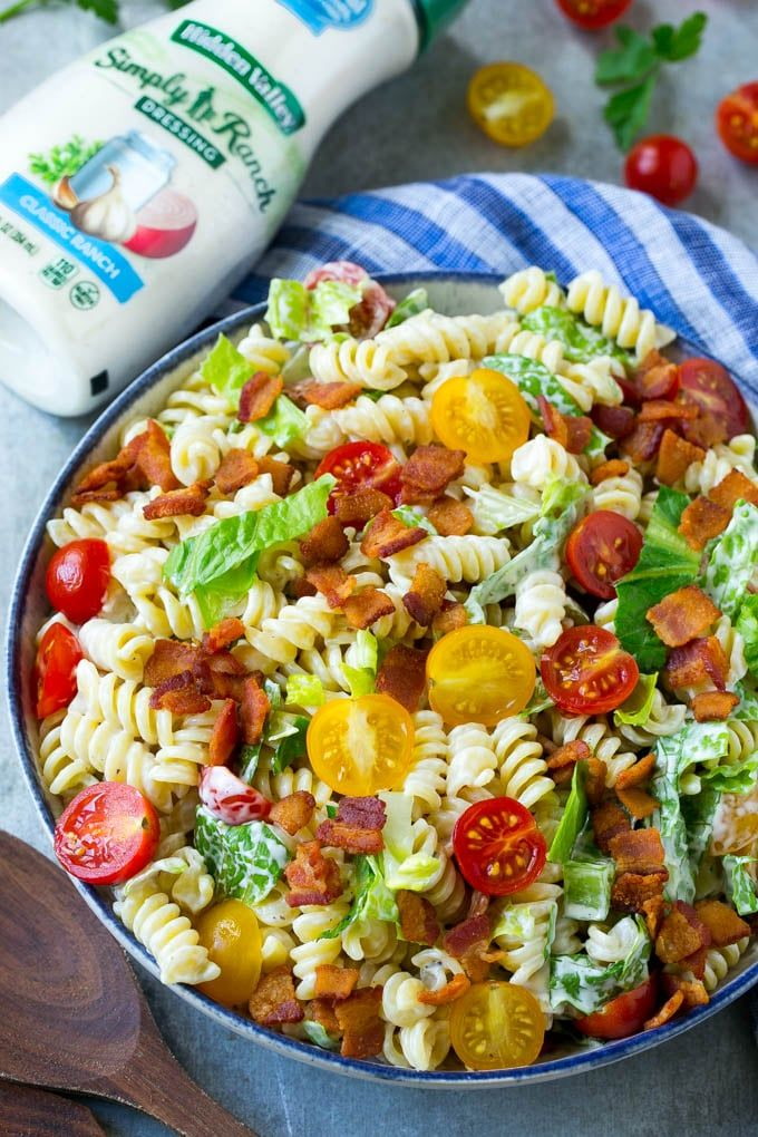 This BLT pasta salad recipe is full of veggies, pasta and crispy bacon, all tossed in a cool and creamy dressing. The perfect easy meal or side dish!  #RanchOut #SimplyRanch #ad @hvranch @walmart