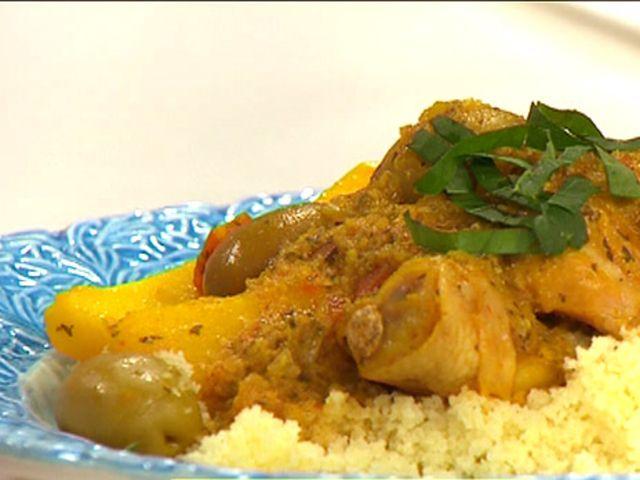 Kycklingtagine med couscous (kock Markiz Talhaoui)