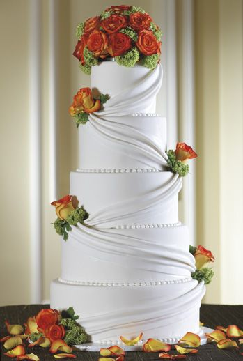 The Ritz, Dallas...    Exquisite cakes by the hotel's pastry team