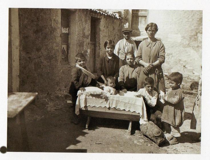 Famiglia di Escalaplano, 1921, Max Leopold Wagner.