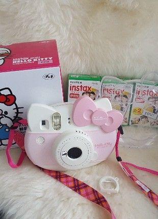 Kaufe meinen Artikel bei #Mamikreisel http://www.mamikreisel.de/spielzeug/fur-madchen/44680368-fujifilm-instax-mini-hello-kitty-polaroid-kamera-mit-zubehor