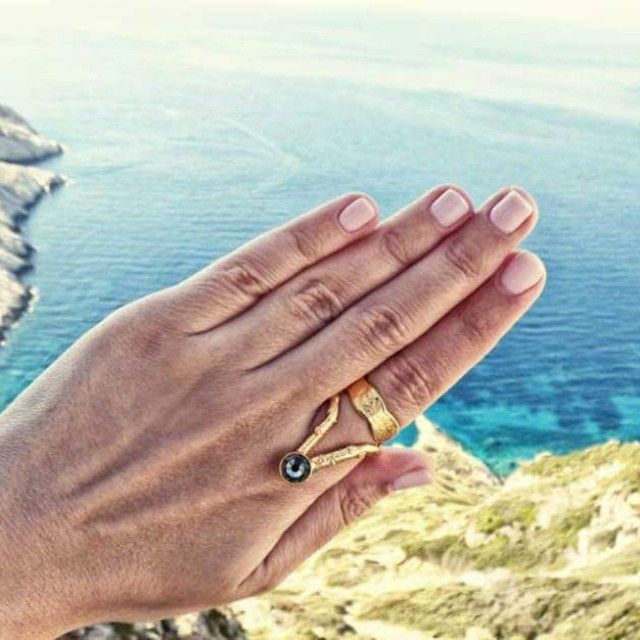 Summer dream. Find Thallo rings online @ www.thallo.com #thallo #jewelry #rings #gold #ring #natural #fashion #accessories #madein #greece #unique #love #greek #amazing #blogs #blogger #uga #summer #folegandros #beauty #relax #sea #island