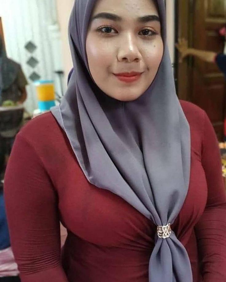 Pin oleh Arthur Wolfgang di Hijab 1 | Kecantikan, Wanita