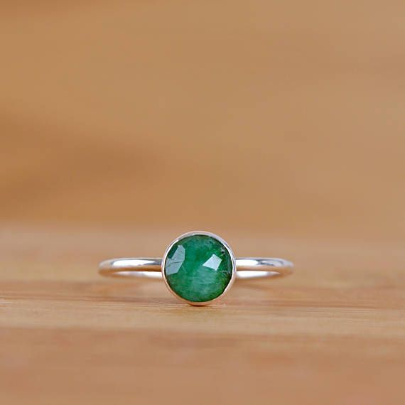 Natural Emerald Ring, Stacking Ring May Birthstone Ring, Anniversary gift Green Gemstone ring, Genuine Raw Emerlad Jewelry: Sterling Silver