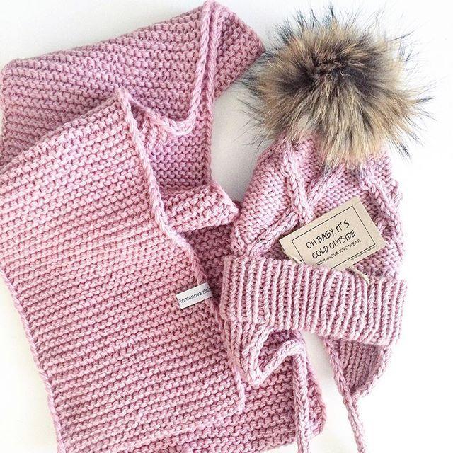 WEBSTA @ romanovaknitwear - Теплые и нежные комплекты детям с отстегивающимися помпонами Шапочка 2900Снуды, шарф 2000/3000На заказ в любом цвете, оформить заказ можно в директе, whatsapp или viber 8(916)031-2061 #romanovaknitwear#knit#knitting#knitwear#i_loveknitting#купитьдетскуюшапку#детскаяшапка#шапкаспомпоном#купитьшапкуспомпоном#детскаяодежда#вязаниеназаказ