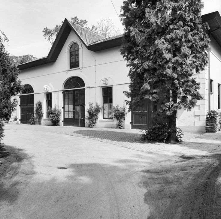 Voorgevel bouwhuis - Hoog-Keppel - 20115110 - RCE - Category:Kasteel Ulenpas - Wikimedia Commons