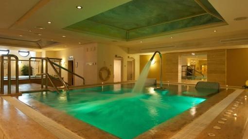 El Spa & Beauty Miramar se encuentra dentro del Hotel Fuerte Miramar en Marbella, en primera línea de playa.