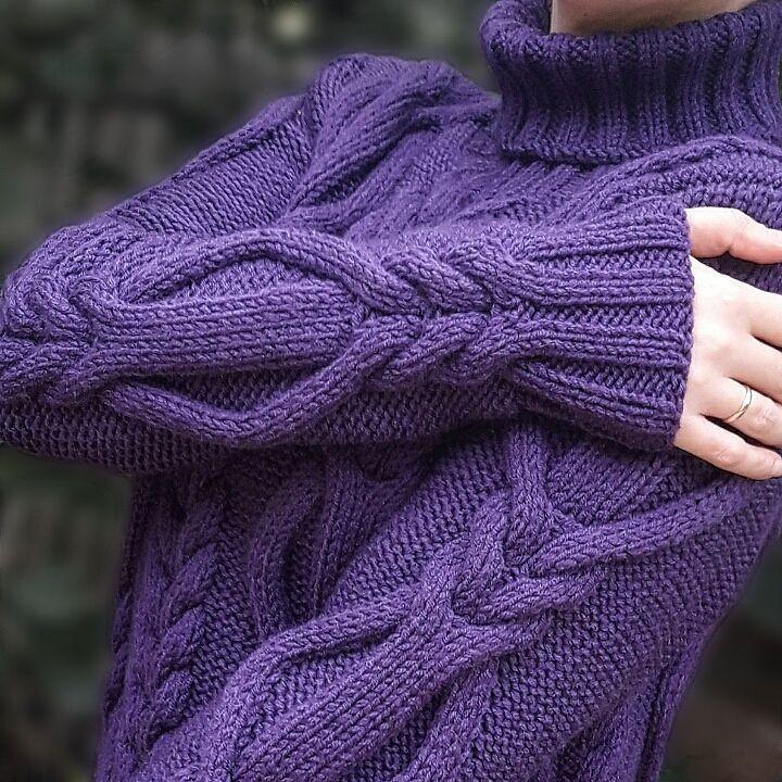 """209 Likes, 5 Comments - KNITWEAR STORE  (@elsanteatelier) on Instagram: """"Ищем хозяйку  Которую этот прекрасный свитер будет согревать на прогулке и радовать своим…"""""""