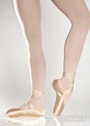 SD32 - Baletné špičky - Obuv - Baletné špičky Fanny - Hlavne pre prácu v priestore, tvarované do U, väčšia podpora pri vykonávaní zložitejších techník. Uzatvárajú set špičiek pre začiatočníkov (Prima a Grisi) - SoDanca - 5kdance.sk