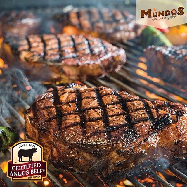 Si eres amante de la carne a la parrilla ven a #MundosRestaurante y disfruta de la mejor carne del mundo. #CertifiedAngusBeef. Reserva en el tel. 5371835 o en www.mundos.com.co