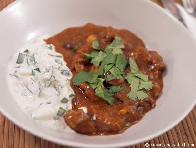 Beef Rogan Josh - a delicious low calorie 5:2 diet fast day recipe - just 350 calories a portion with cucumber raita.  Perfect for detoxing and losing a bit of weight after Christmas.