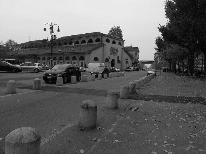 Piazza.Borgo Dora 61.