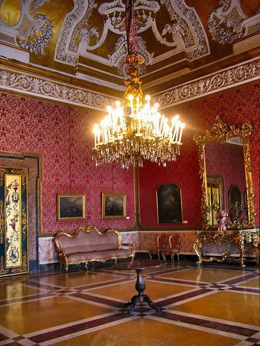 Barque Decor Living Room: 95 Best Images About Baroque & Rococo Furniture On
