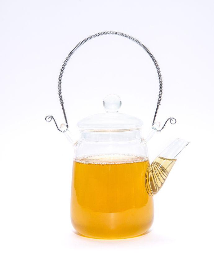 Mini Tetera 300 ml - $16.900 Pequeña tetera para esos momentos en los que sólo quieres tomar una taza de té y no compartirla con nadie más... http://tiendadete.cl/producto/mini-tetera-de-vidrio-300-ml/